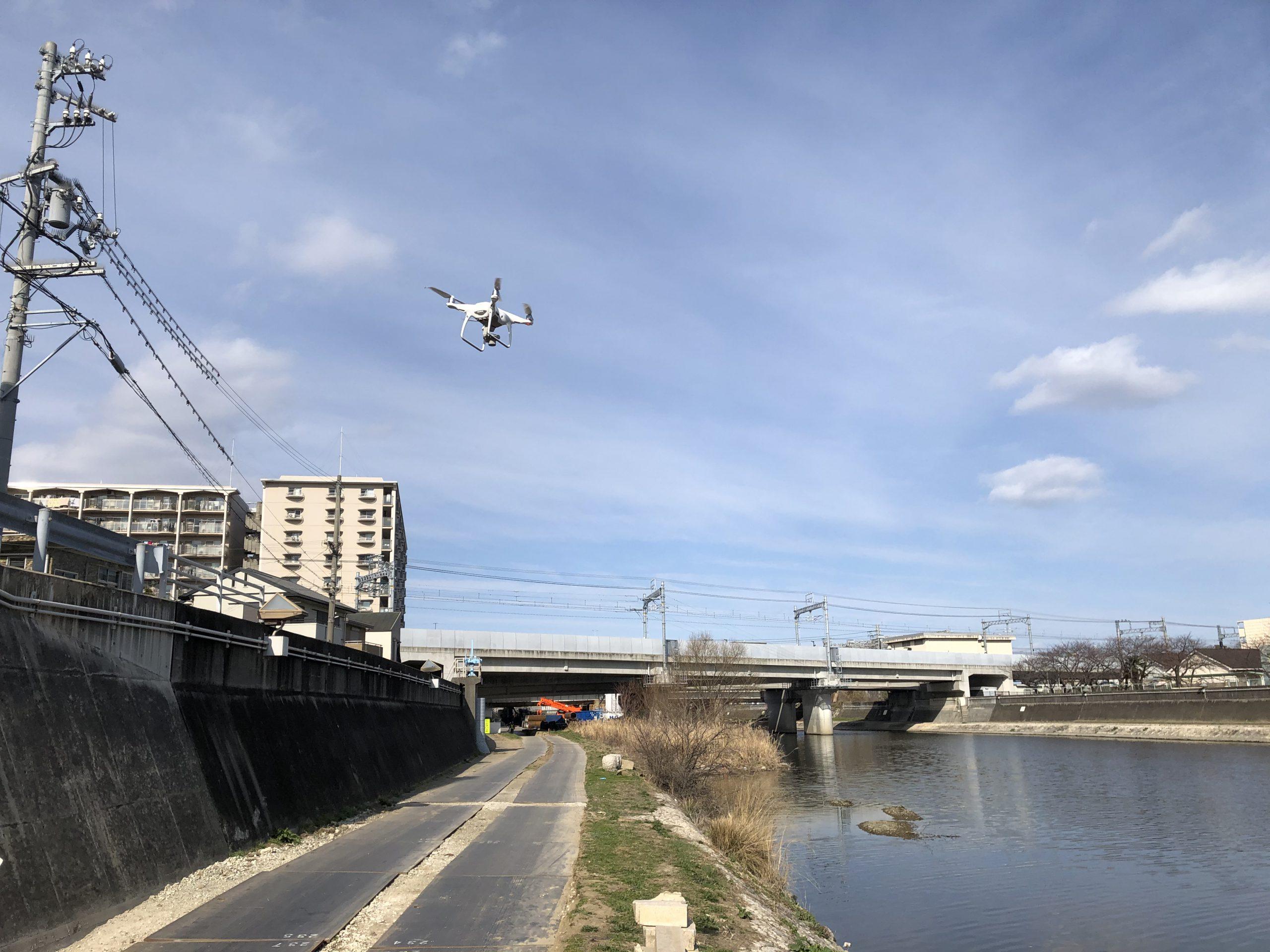 河川堤防の測量